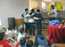biblioteca 01 - Cuentos con pan y chocolate en la biblioteca de Herencia para terminar el mes