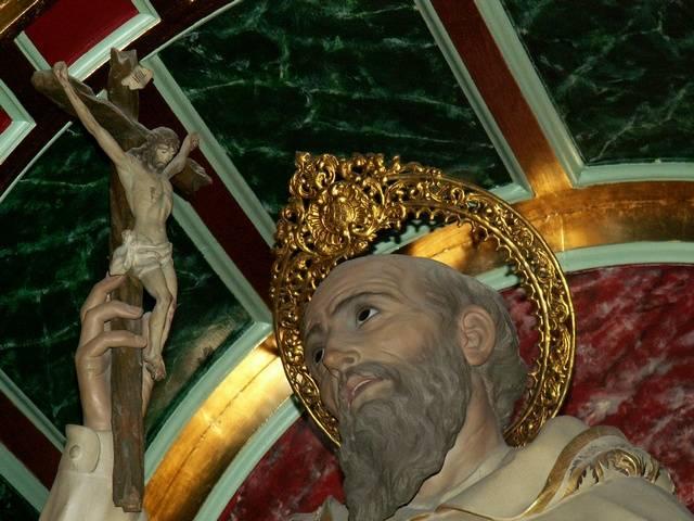 21 - El Segundo Redentor. Ante la  imagen de San Pedro Nolasco de Herencia.