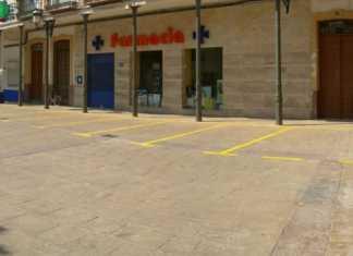plazas de aparcamiento en peatonal