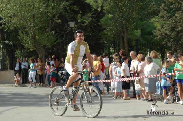 "XXXI carrera popular de herencia ciudad real 2007 foto 101 632x420 - Gran participación en la XXXI Carrera Popular ""Villa de Herencia"""