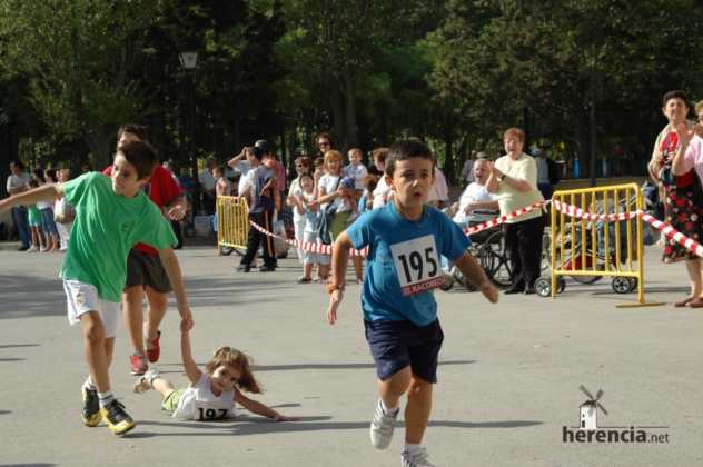 "XXXI carrera popular de herencia ciudad real 2007 foto 141 632x420 - Gran participación en la XXXI Carrera Popular ""Villa de Herencia"""