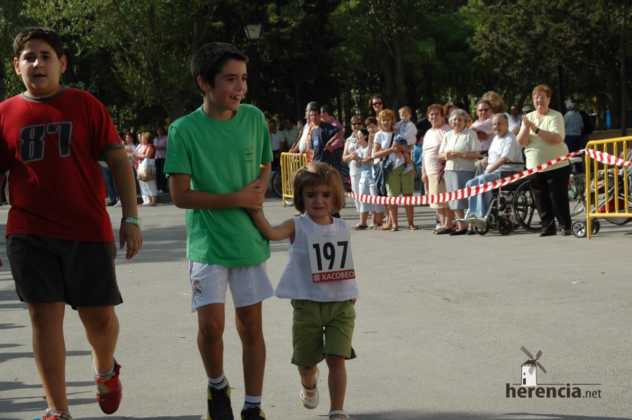 "XXXI carrera popular de herencia ciudad real 2007 foto 143 632x420 - Gran participación en la XXXI Carrera Popular ""Villa de Herencia"""