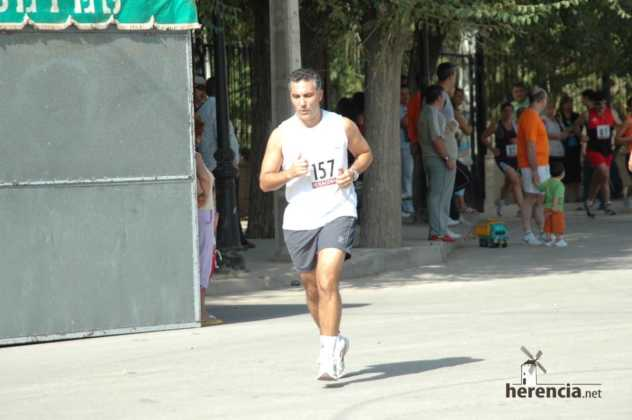 "XXXI carrera popular de herencia ciudad real 2007 foto 182 632x420 - Gran participación en la XXXI Carrera Popular ""Villa de Herencia"""