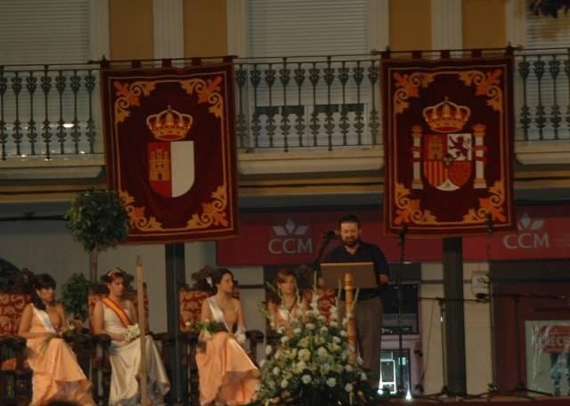 Jesús Fdez de la Puebla Viso pregonando las Feria y Fiestas 2007