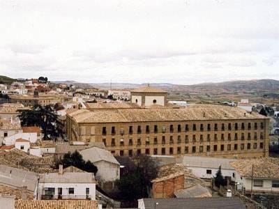 Perspectiva exterior de La Merced de Huete. Imagen extraida de www.huete.org