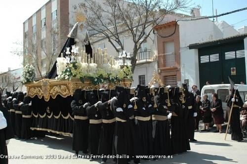 0334 semana santa 2008 - Consejos a los costaleros del podólogo Francisco Gómez-Calcerrada