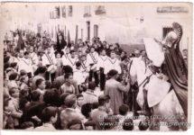 santo entierro 13 215x150 - Imágenes del Santo Entierro