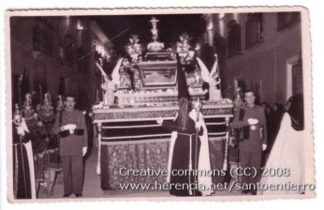 santo entierro 15 468x303 - Imágenes del Santo Entierro