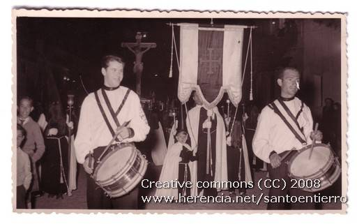 Fotografías antiguas de la cofradía del Santo Entierro 14