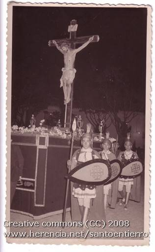 Fotografías antiguas de la cofradía del Santo Entierro 5