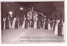 santo entierro 8 229x158 - Imágenes del Santo Entierro