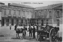 Circulo Agrario en Plaza de Herencia (Ciudad Real)