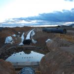 """yacimiento tuberia4 150x150 - Las obras de la tubería siguen adelante ocultando completamente el yacimiento """"Las Catalanas"""""""