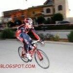 ciclista en criterium 150x150 - Julián Simón participó en el VI Criterium Ciclista