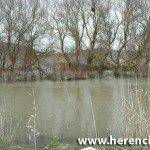 a rebosar de agua el rio 150x150 - Agua en el Puente alto y carretera Villarta