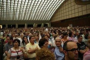 Parroquia Herencia en la audiencia con el Papa 300x200 - La parroquia de Herencia peregrina a Roma