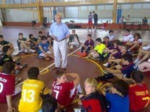 josemaria morros futbol 1 300x225 - Visita de José María Fernández de la Puebla a las Pequeñas Promesas