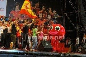 Herencia estuvo con 'La Roja' en la celebración oficial 3