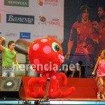 juand arcoiris con la roja 2 150x150 - Herencia estuvo con 'La Roja' en la celebración oficial