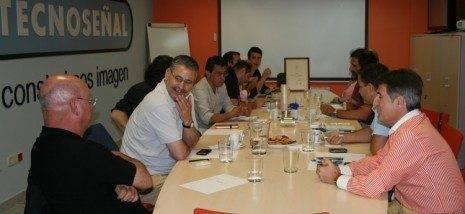 Tecnoseñal realiza un encuentro con diseñadores 3