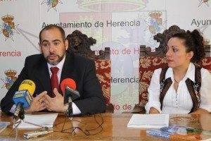 Presentación_Ferias_2010_alcalde_y_concejal_festejos_herencia