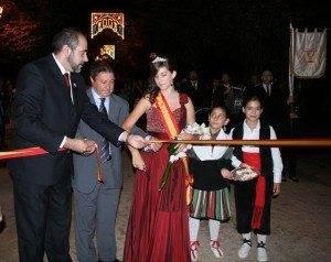 alcalde reina y  pregonero ferias herencia 2010 300x238 - Inaugurada las Ferias y Fiestas en honor a la Merced