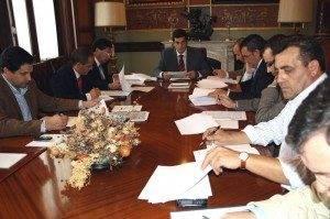 Reunion Emaser empresa de aguas 300x199 - Aprobado el presupuesto de EMASER para el 2011