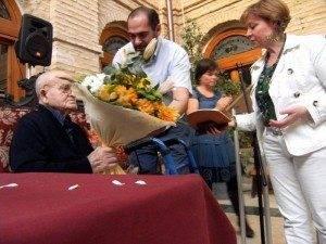 herencia semana mayor anciano mas longevo a 300x225 - Dos mayores de casi un siglo homenajeados en la Semana de los Mayores