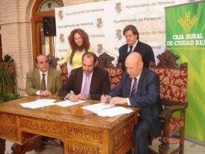 El ayuntamiento de Herencia firma un acuerdo con Caja Rural 3