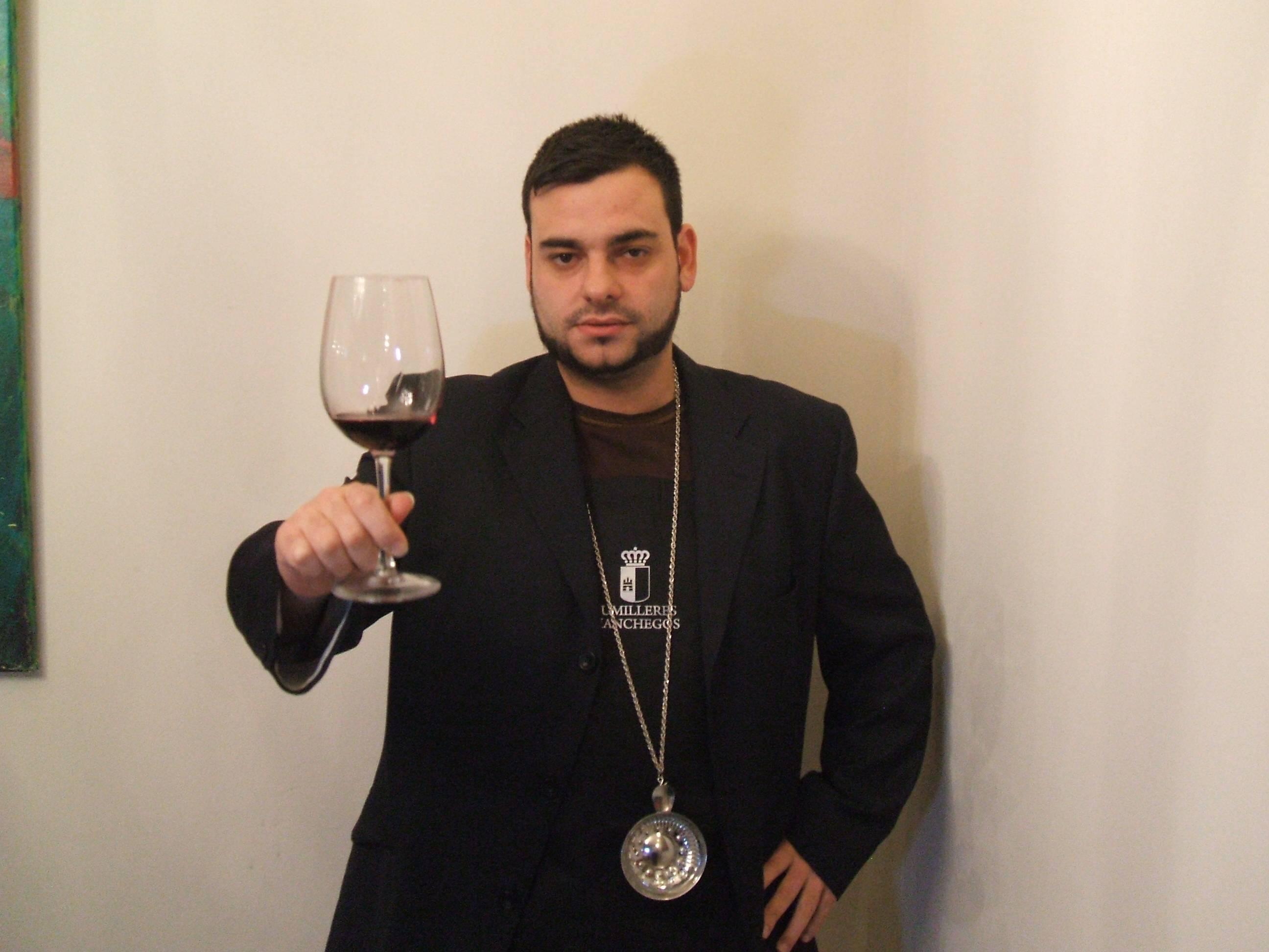 sumilleres y amigos del vino 23 - Víctor Martín-Buitrago representará a Castilla-La Mancha en el concurso a mejor sumiller de España UAES WIP 2014