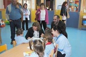 La consejera de Educación, Ciencia y Cultura, María Ángeles García, visitó Herencia 6