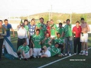 Celebracion ascenso del Herencia CF (1)