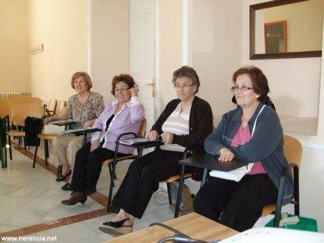 Taller comunicacion asociativa herencia 465x348 - El Centro de la Mujer y la asociación Amuarhe inician un Taller de Comunicación Asociativa