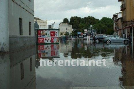 herencia bascula inundada 2011 465x309 - Inundaciones en Herencia