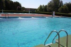 La piscina municipal abrió sus puertas ayer con novedades 3