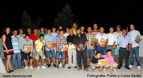 Herencia gala del deporte galardonados y autoridades 465x254 - Celebrada la X Gala del Deporte de Herencia