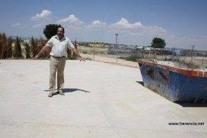 El alcalde de Herencia comenta las ventajas de la futura planta de RCDS 2