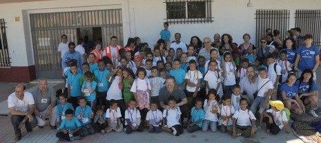 ninos saharais en herencia 465x208 - Herencia recibe a un contingente de niños y niñas saharauis