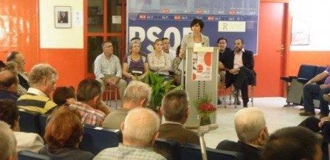 ISABEL RODRIGUEZ en Herencia 465x226 - La candidata del PSOE al Congreso, Isabel Rodríguez, participó en un acto de precampaña en Herencia