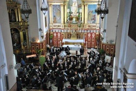 La Agrupación Musical Santa Cecilia homenajea a sus dos miembros más veteranos 1