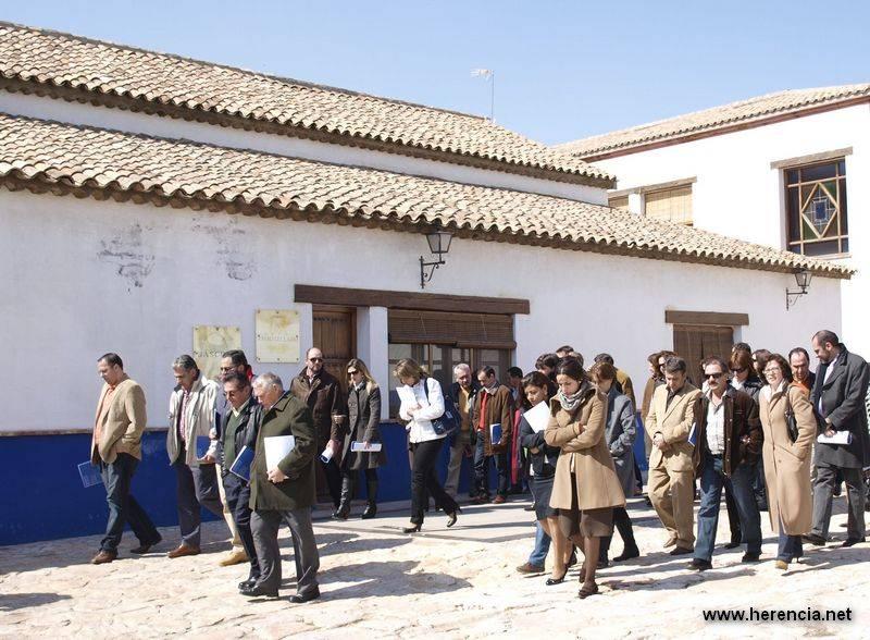 herencia empresarios - El Ayuntamiento de Herencia quiere crear un Pacto Local por la Formación y el Empleo