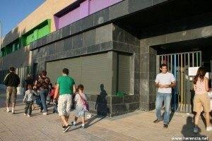El Ayuntamiento realiza gestiones para conseguir mejoras educativas 1