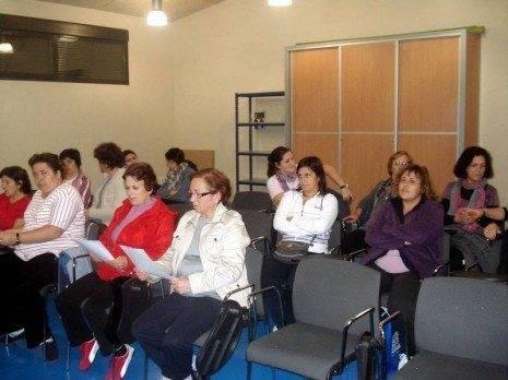 Iniciado el curso de gimnasia hipopresiva organizado por el Centro de la Mujer 4