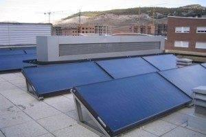 El Ayuntamiento estudia aprovechar las cubiertas de edificos municipales para instalar placas fotovoltaicas 3