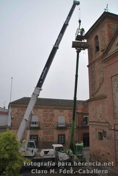 Retirada Nido Cigueña Convento de La Merced 19 - Así fue retirado el nido de cigüeña de la iglesia conventual de la Merced
