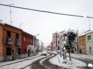 herencia nevada en el cristo 300x225 - Listo el plan de viabilidad Invernal del Ayuntamiento de Herencia