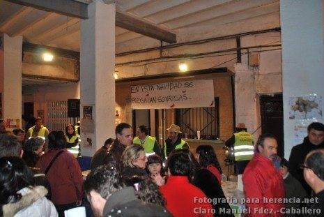 Cabalgatas de Reyes Magos 2012 34 465x311 - Una vistosa Cabalgata de Reyes llenó de ilusión las calles de Herencia