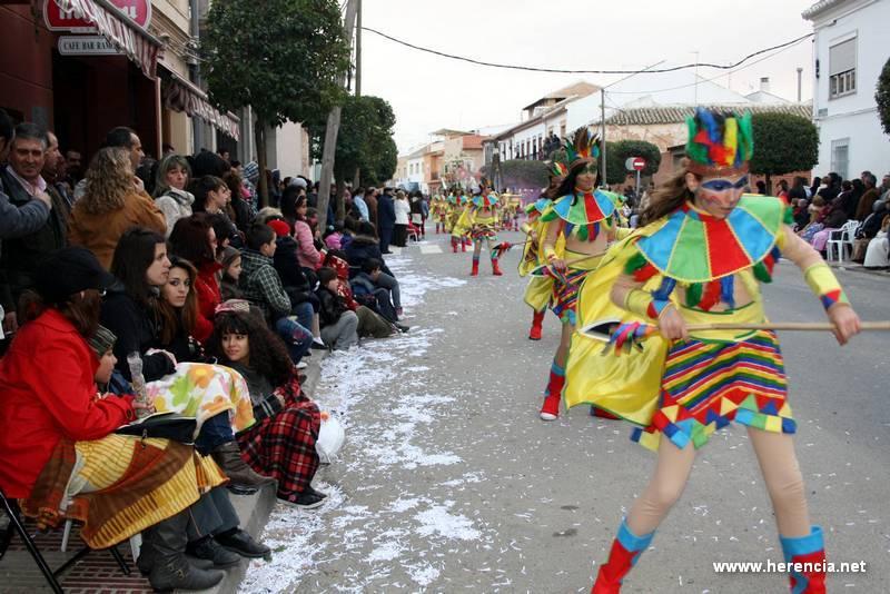 herencia desfile foto principal - El Carnaval de Herencia mantiene la cuantia de sus premios durante el Ofertorio