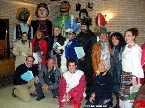 herencia pleno carnaval aa los dos grupos politicos y la comision del carnaval