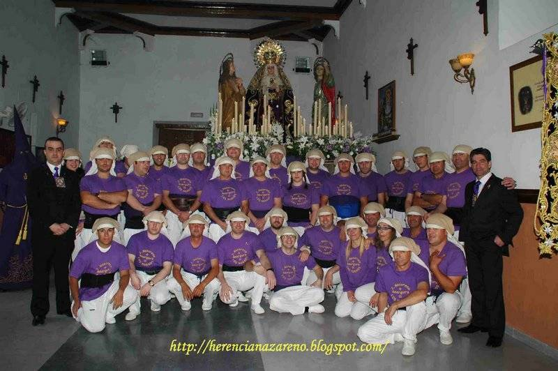 """Cuadrilla de costaletos Jesús Nazareno 2011 - """"Los Moraos"""" felicitan la Navidad con un Spot del 75 aniversario de su Hermandad"""